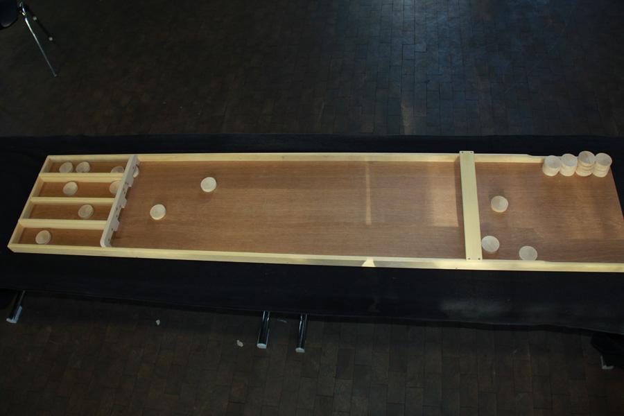 shuffleboard h pfburg. Black Bedroom Furniture Sets. Home Design Ideas